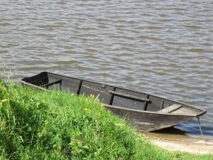 boat-1480396_1920